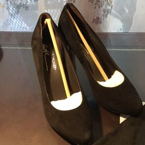 Donald J Pliner Black Leather high heeled shoes